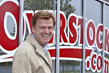 Патрик Бирн, CEO Overstock | фото: Bloomberg