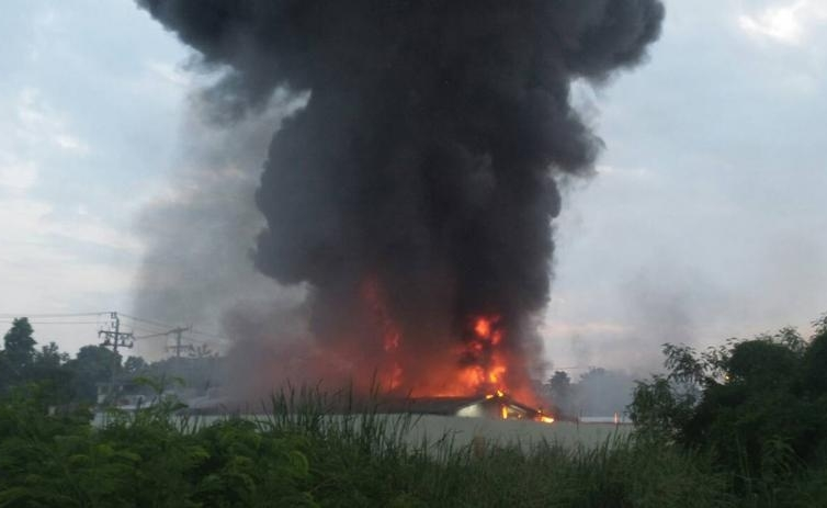 Сгорела ферма для майнинга купить б.у нокия6700 класик